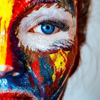 makeup-2983550_960_720